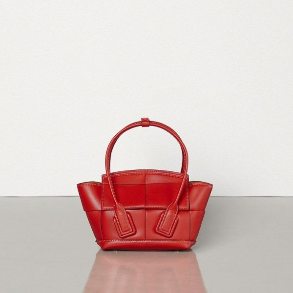 Bottega Veneta Arco 29 Çanta Kadın Kırmızı