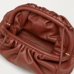Bottega Veneta The Pouch 20 Çanta Kadın Rust